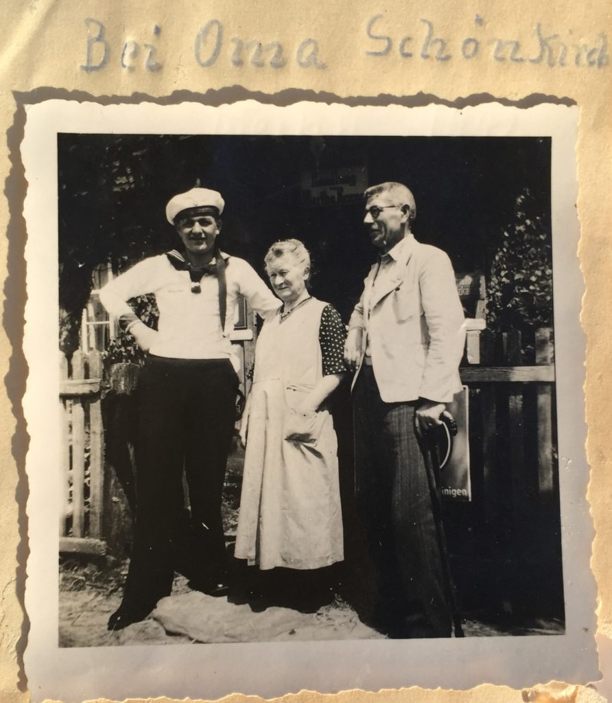 Ahnenforschung - das Rätsel um Oma Schönkirch